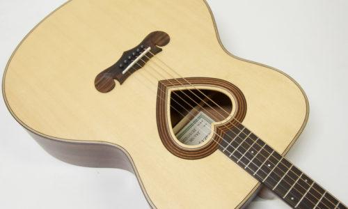 お洒落でかわいいアコースティックギターのおすすめ7選!